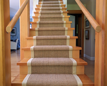 Professional sisal stair runner installers in Toronto, Brampton, Vaughan, Mississauga, Markham, Richmond Hill, and the GTA. Professional installers that specialize in sisal stair runner installations